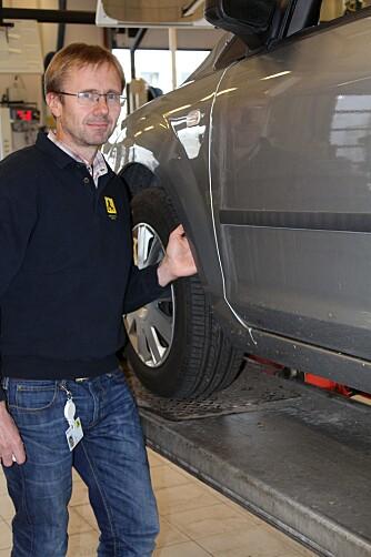 LITE Å GJØRE: Jarl Tyldum i NAF mener det er lite man kan gjøre for å unngå rustne bremseskiver på bakhjulene.