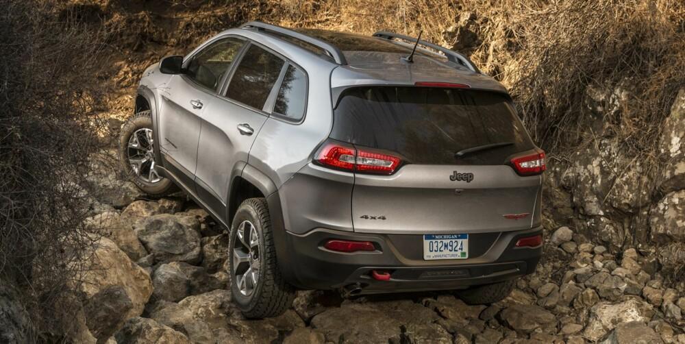 BEDRE SYSTEM: Den nye Cherokeens 4WD-system er mye mindre klønete, men ikke mindre komplisert. FOTO: Produsent