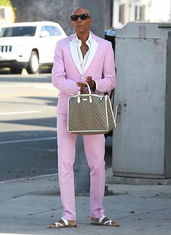 ROSA: Rosa og pastell er populært denne våren, men det er ikke alle som kan få det til å se fint ut. Pass på hva du matcher rosa med, og finn ut av hvilken rosanyanse du kler.