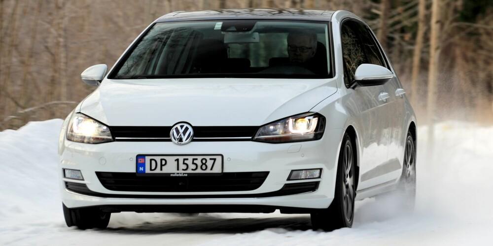 GOLFSTRØM: Golf med diesel eller bensin: Vi velger bensin. FOTO: Egil Nordlien, HM Foto