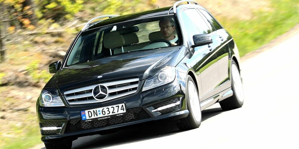 FORSKJELLER: Uansett karosseriforskjell er Mercedes C180 bensin klart kvikkere ¿ dieselbilen er ikke sprek. FOTO: Egil Nordlien, HM Foto