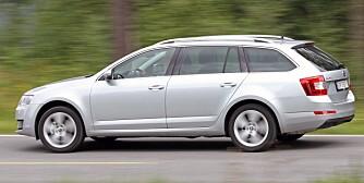 MEGET GOD: Nye Skoda Octavia er et veldig godt kjøp. Meget god innvendig plass i forhold til størrelsen, fine kjøreegenskaper, moderne motorer og girkasse, samt fint utstyr kjennetegner bilen, som i tillegg er meget gunstig priset.