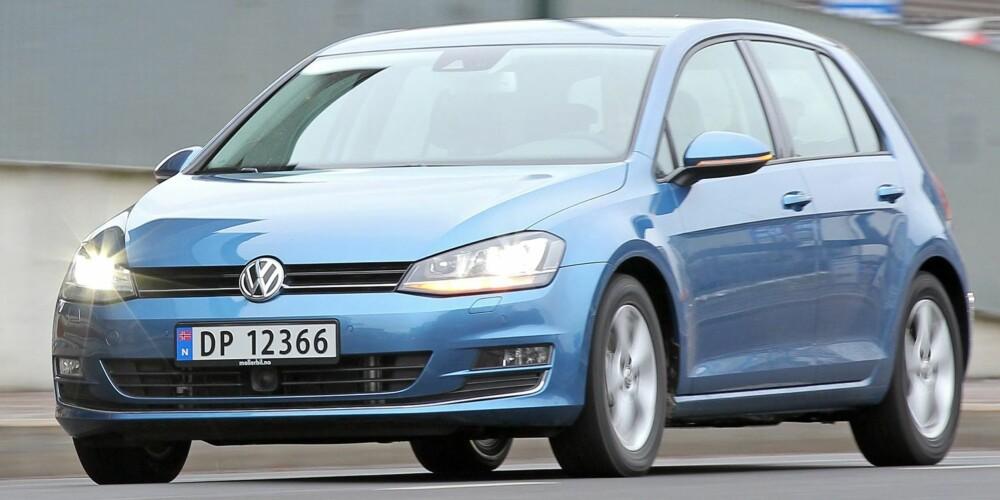 BENSIN BEST: Volkswagens 1,4-liters bensinturbomotor passer svært godt i storselgeren Golf. FOTO: Petter Handeland