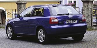 HELT A3: Første generasjon Audi A3 ble produsert fra 1996 til 2000. FOTO: Produsent
