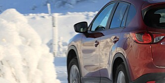 SUV, kompakt-SUV. Mazda CX-5, Mitsubishi Outlander, Honda CR-V