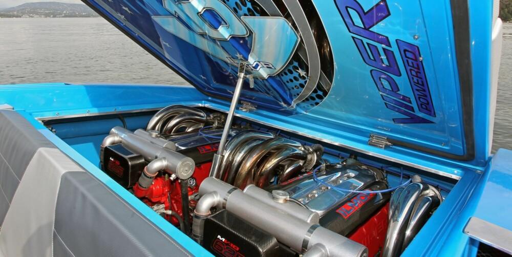 POWER: To mariniserte utgaver av motoren du finner i Dodge Viper. Til sammen 1250 hk.