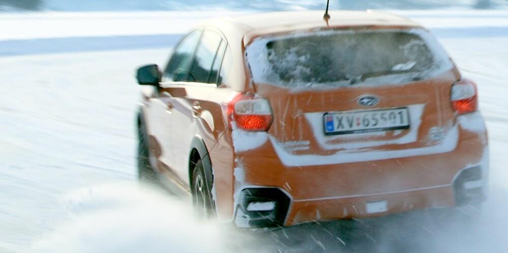EGET SYSTEM: Subaru er kjent for sitt firehjulstrekk. SUV-en XV har permanent drift på alle hjulene - i motsetning til mange andre SUV-er som har firehjulstrekk som virker ved behov. FOTO: Egil Nordlien, HM Foto