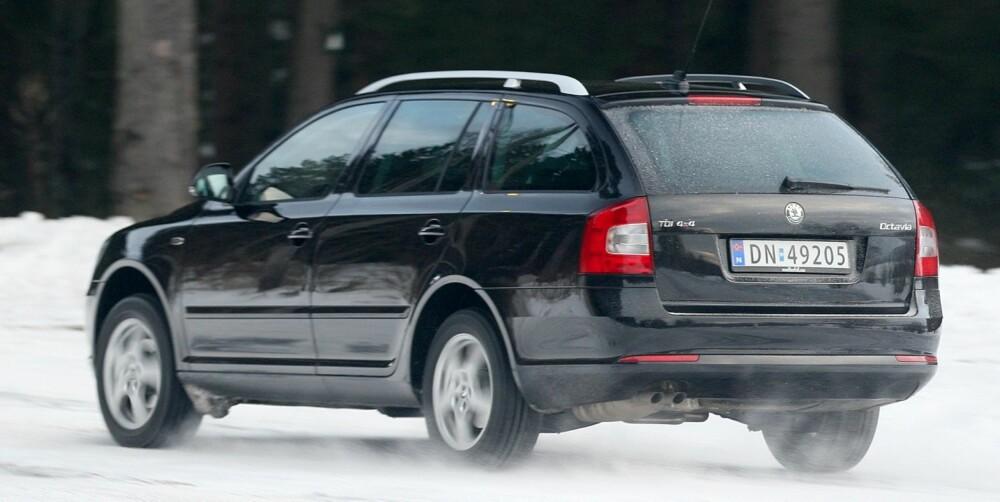 MYE FOR PENGENE: Med liten dieselmotor er Skoda Octavia en rimelig måte å skaffe seg 4WD på. PS: Sjekk også VW Passat 4Motion (2006-2011) 84 % (50-100 000 km) er uten feil. FOTO: Egil Nordlien, HM Foto