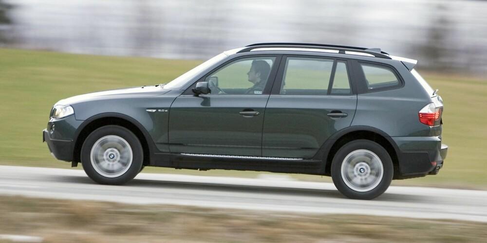RIMELIG PREMIUM: Forrige generasjon BMW X3 gir en relativt rimelig inngangsbillett til fin-SUV-enes verden. FOTO: Terje Bjørnsen