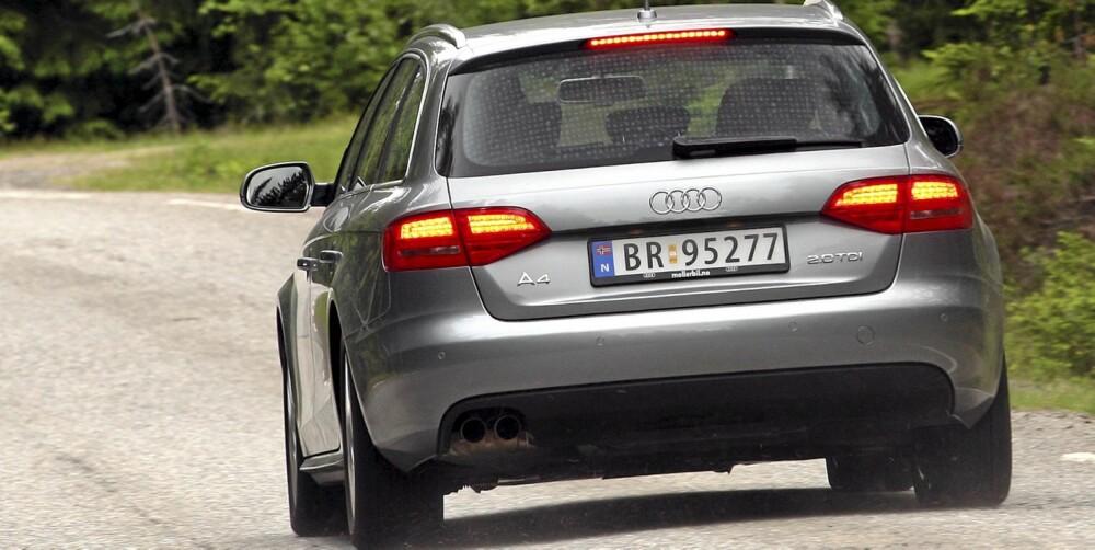 ELEGANT: Audi A4 Avant er en stram kar, både i utseende og oppførsel. At sportslig utseende er prioritert foran plass ser en blant annet på vinkelen på sidevinduene.