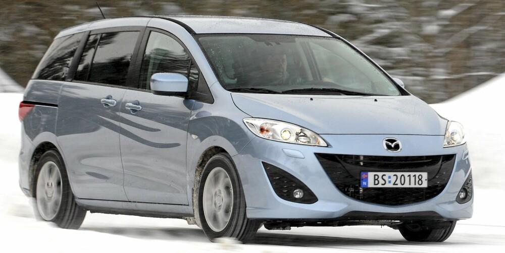IKKE KLOSSETE: Mazda har anstrengt seg for at 5-eren skal bli en sjuseter som ikke ser ut som en høybygd klump av en bil.