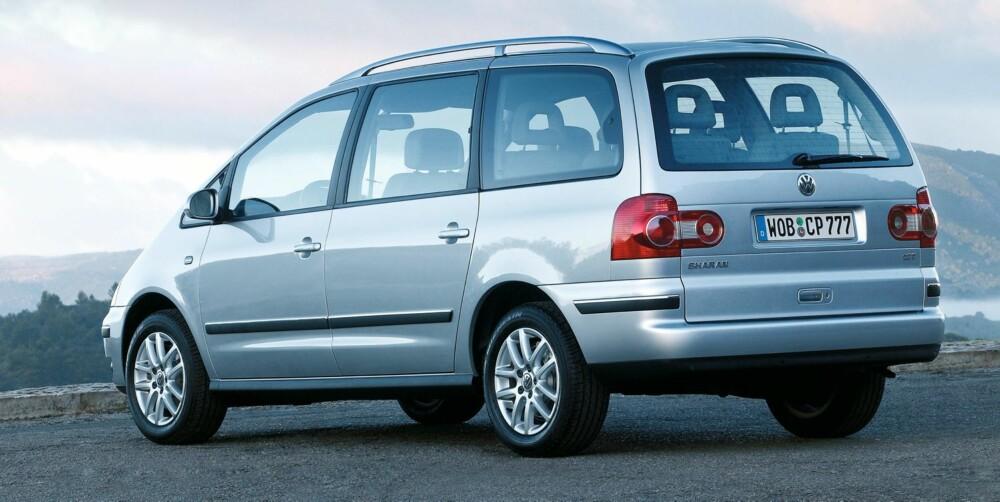 DÅRLIG: VW Sharan frister med mye plass, men en eldre Sharan kan i likhet med Ford Galaxy bety masse trøbbel. FOTO: VW