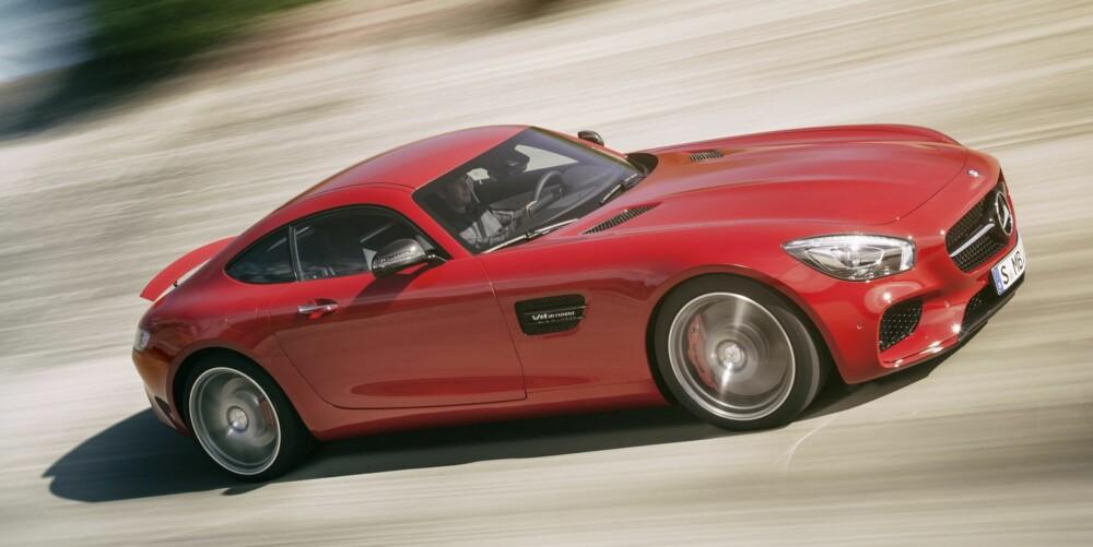 TURBO: Motoren i GT 462 hk og 510 hk og 650 Nm i GT S-modellen. FOTO: Daimler AG