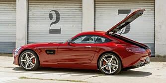 PRIS: GT-modellen har en prislapp på 115 430 euro (noe over én millioner kroner). For GT S-modellen må du plusse på ytterligere 20 000 euro. I Norge blir den enda dyrere. FOTO: Daimler AG