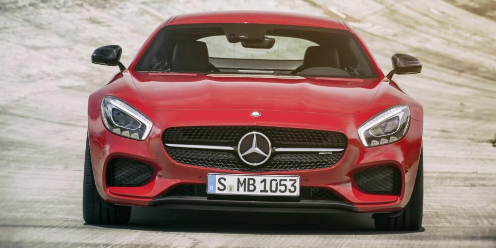"""LESS IS MORE: – Luksus-konseptet endrer seg med tiden. Akkurat nå er ekte luksus """"less is more"""". Vestlig smak ER blitt global, og enkelhet er et uttrykk for modernitet, sier designdirektør Gorden Wagener. FOTO: Daimler AG"""