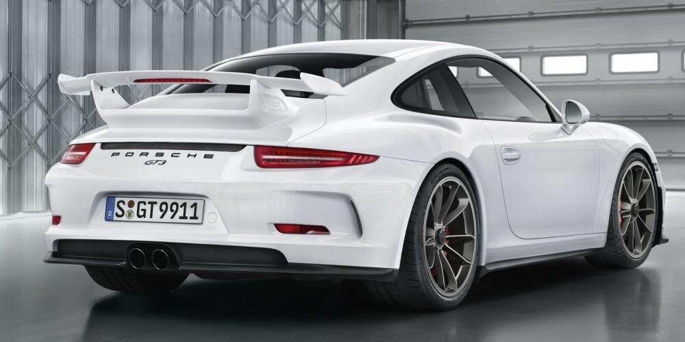 KOMMER: En ny versjon av 911 GT3 kommer med en helt ny motor. FOTO: Porsche