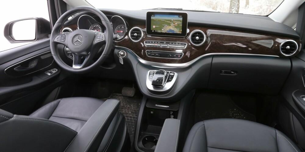 Kvalitetsfølelse: I V-klasse minner alt mer om luksusbil enn om varebil.