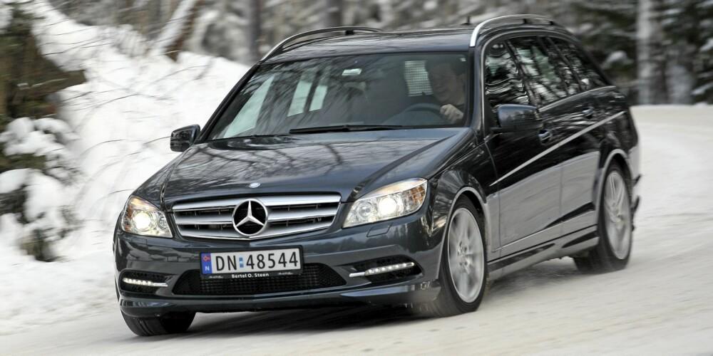 I SITT ESS: Firehjulsdriftssystemet til Mercedes C 250 CDI 4Matic er et av de aller beste. Her får du så vel framkommelighet som kjøreglede i fullt monn.