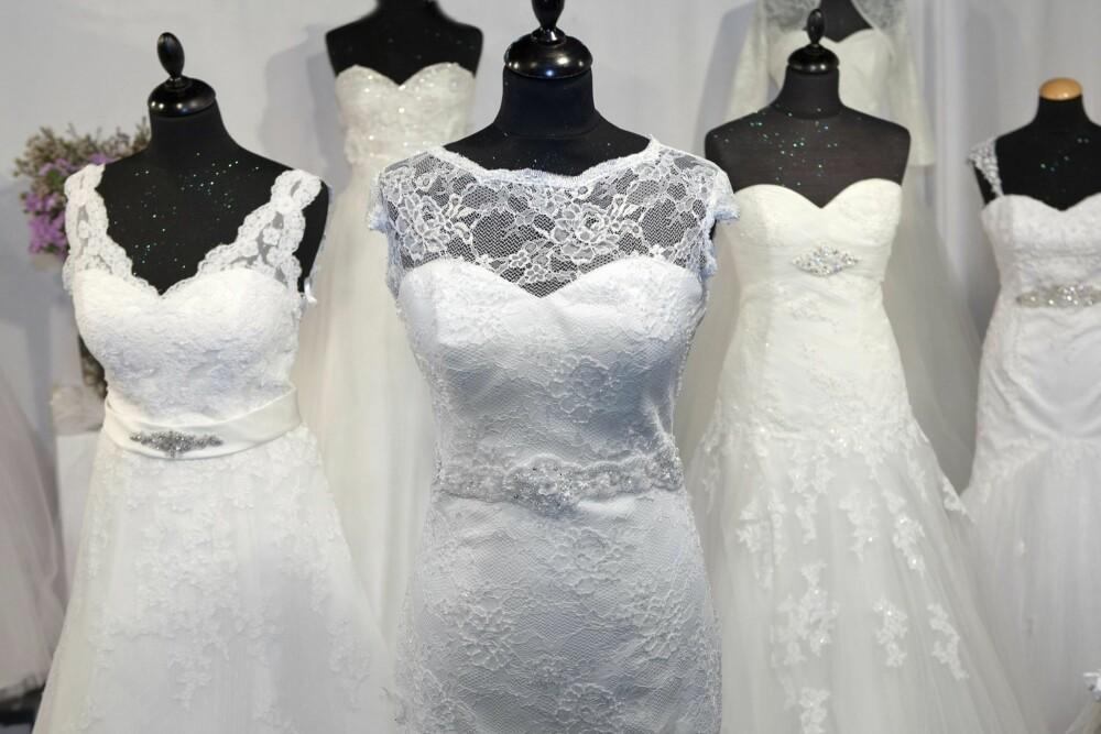 ULIKE KJOLER: Det finnes et hav av brudekjoler der ute. Ha et åpent sinn og prøv også kjoler du i utgangpunktet ikke tror du liker.