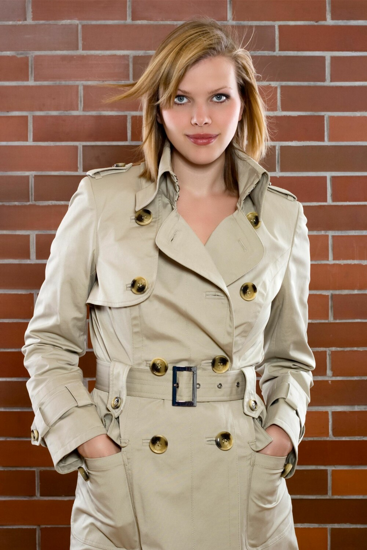 TRENCHCOAT: Den klassiske frakken har overlevd såpass lenge for en god grunn.