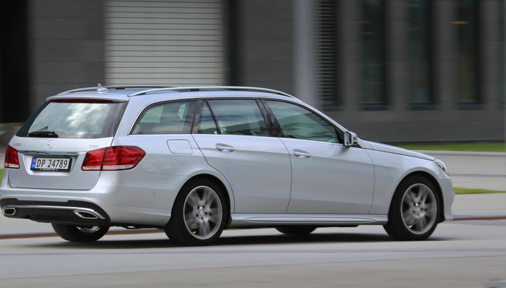 SPORTSLIG: Med AMG-pakke får du en sportsligere utgave av Mercedes-Benz E-klasse. Mer kjøreglede, uten at de praktiske egenskapene lider av den grunn.