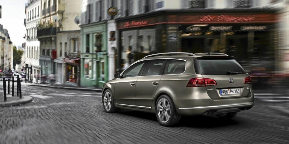 Fortsatt lett å se at dette er en Passat. Designgenene er ivaretatt. Foto: VW