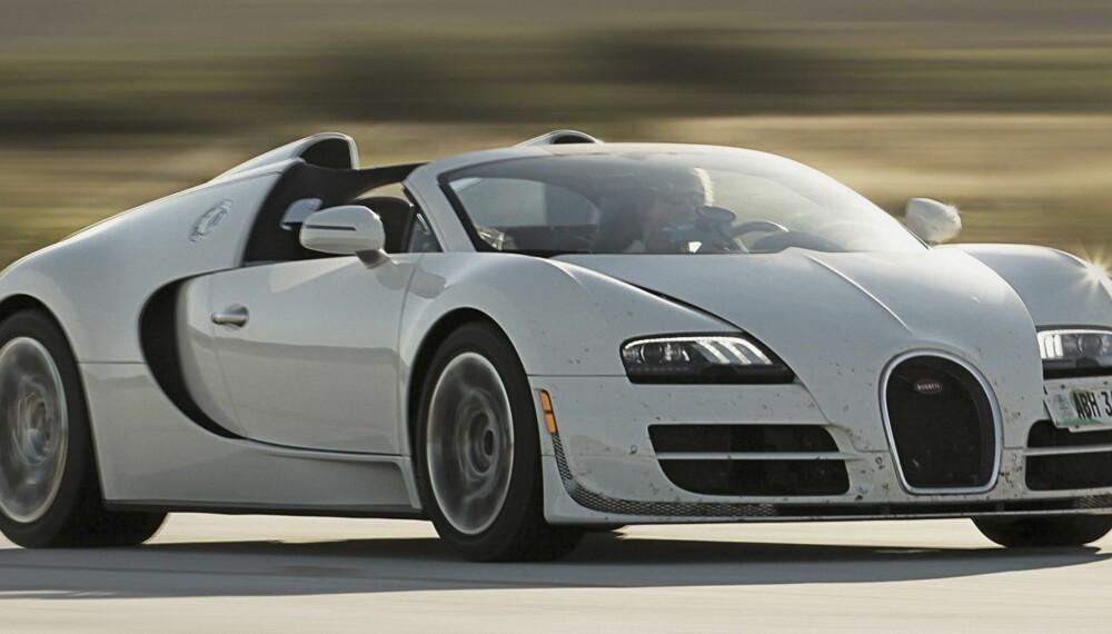 STYGGVAKKER: Bugatti Veyron Grand Sport Vitesse er ikke vakker, men styggvakker. En kompakt kloss av karbon.