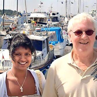 Da Lill mistet faren sin, bestemte hun seg for å reise til Bangladesh.