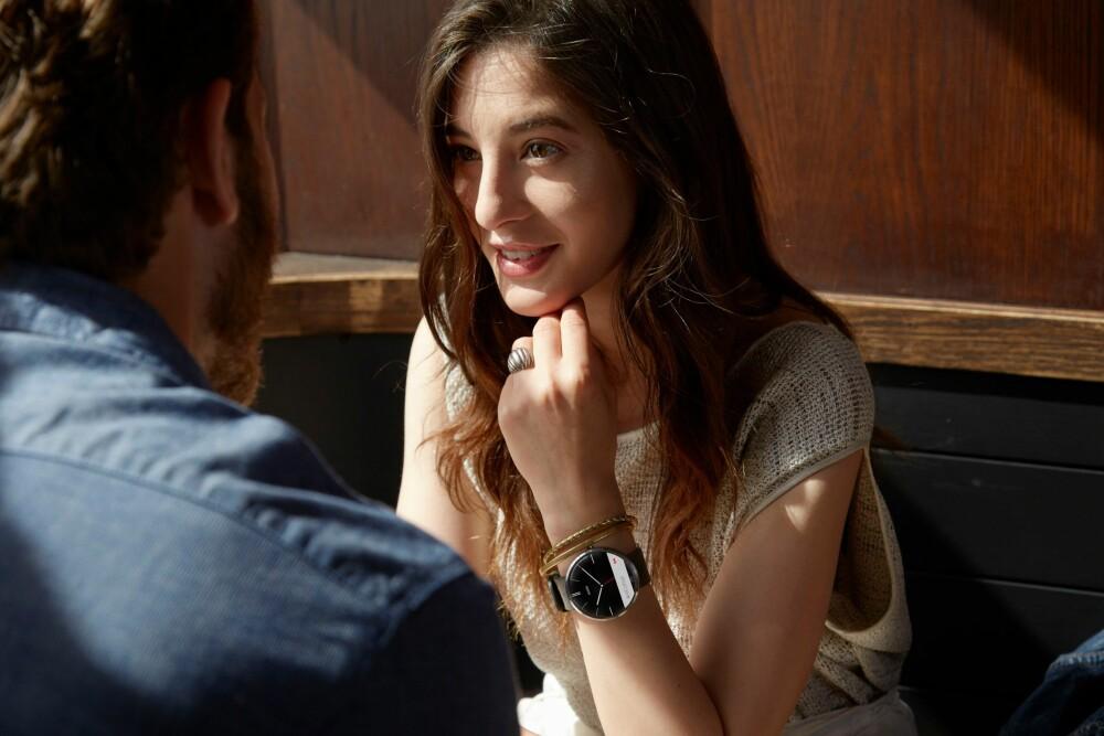 ARMBÅNDSUR: Moto 360 og andre smartklokker prøver å være mer praktiske enn vanlige armbåndsur ved å gi deg varsler direkte på håndleddet.