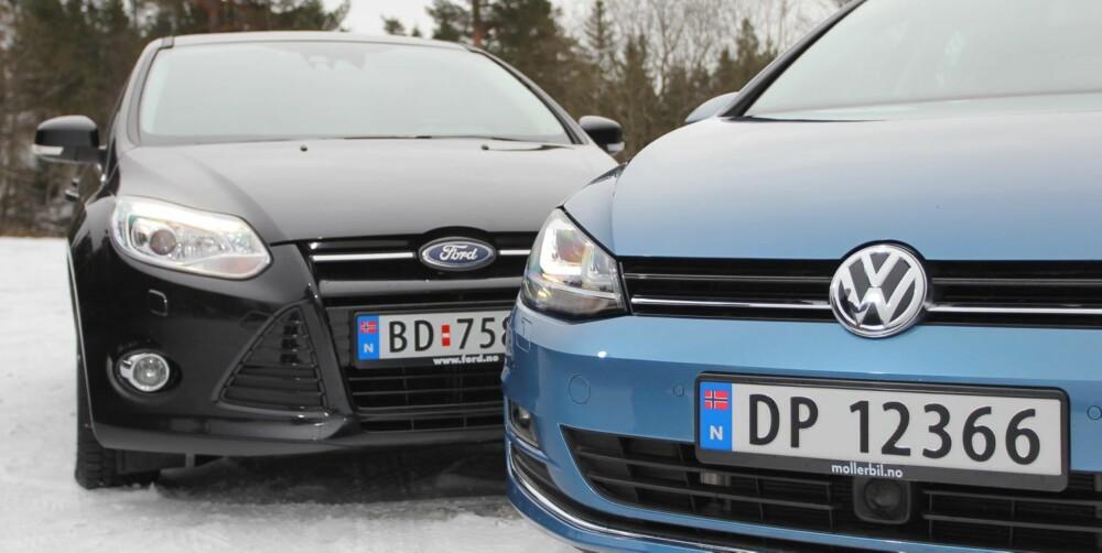 KOMPAKTE FAVORITTER: Ford Focus og VW Golf. FOTO: Petter Handeland