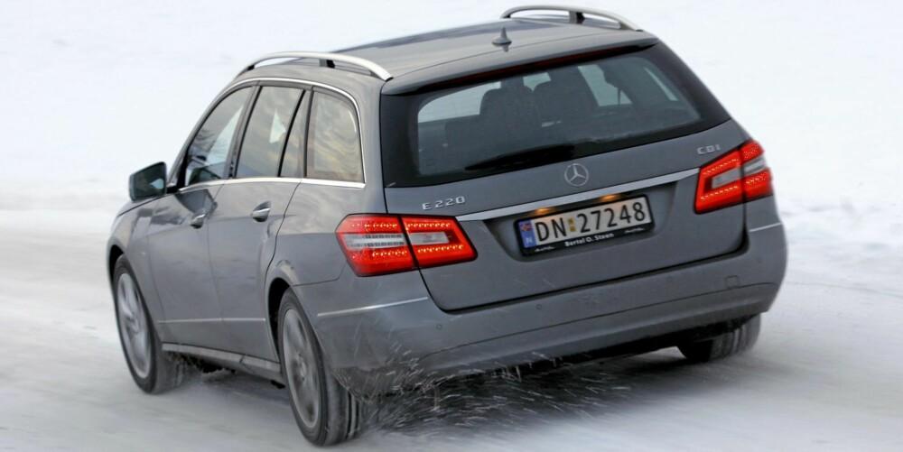 PENGER Å SPARE: Mercedes-Benz E220 CDI stasjonsvogn 2010-modell. Fra 480-600 000 kroner i Norge. Fra 350-570 000 kroner i Tyskland.