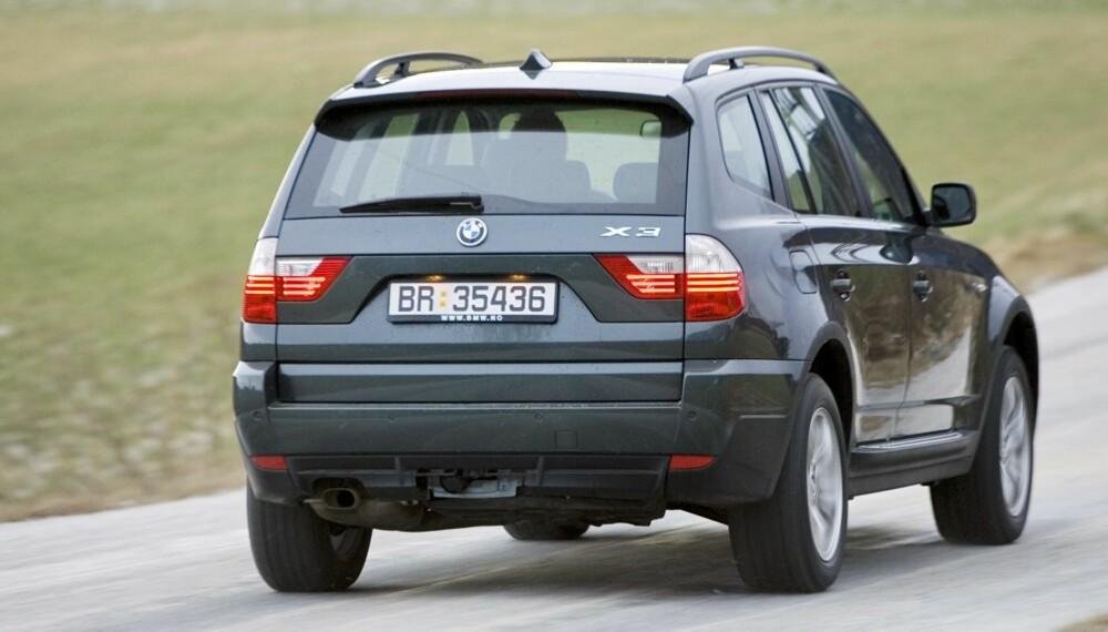 UT AV LANDET? Med en refusjonsordning kunne norske bruktbiler konkurrere på et internasjonalt marked. FOTO: Terje Bjørnsen