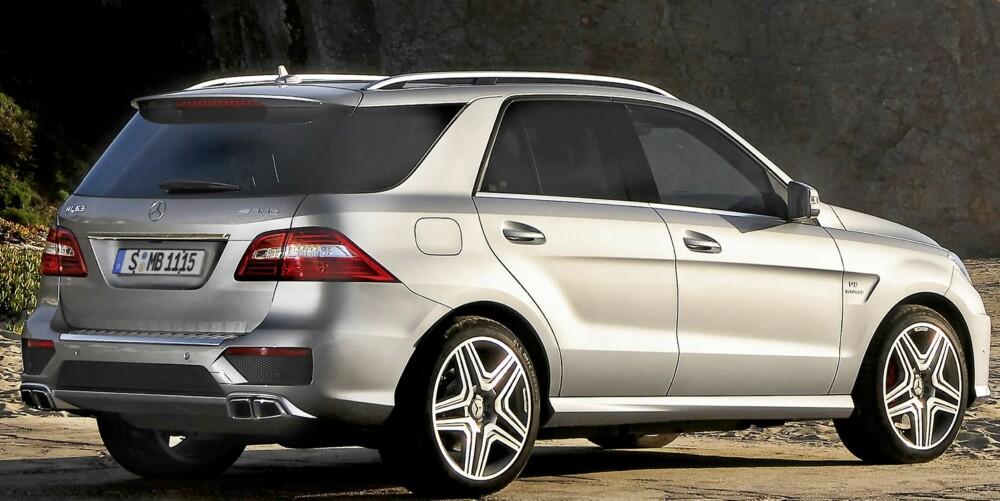 RASK HØYBLOKK: At en såpass tung og høyreist bil gjør 0-100 km/t på 4,8 sekunder er temmelig imponerende.