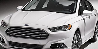 2013 Ford Fusion: The Fusion front end introduces the distinctive new face of Ford cars.  (01/09/12)