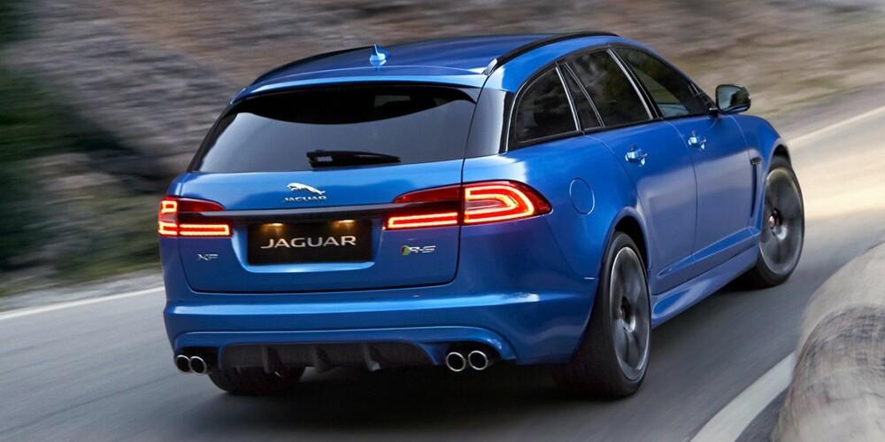 RASK KATT: Jaguar XFR-S Sportbrake med 550 hk og godt med bagasjeplass. FOTO: Jaguar