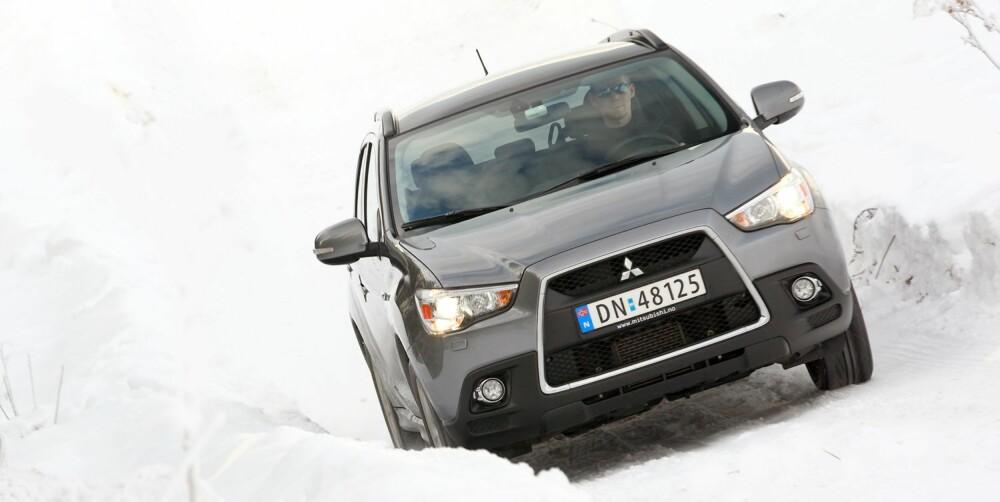 EN GANG KONGE: Mitsubishi ASX var en umiddelbar salgssuksess da den kom, men flere svært gode konkurrenter har kommet etter. ASX er fortsatt er brukbart alternativ klassen for kompakt-SUV. FOTO: Egil Nordlien, HM Foto