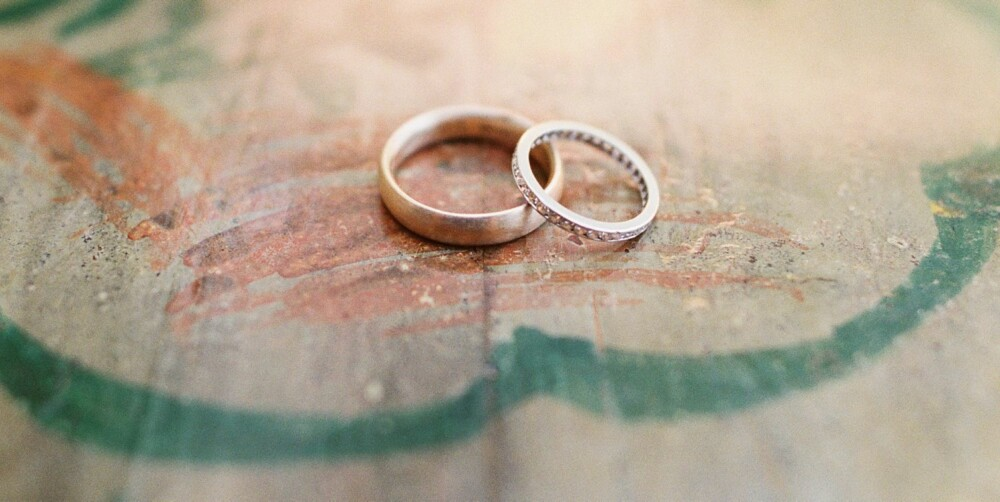 Før dere kan gifte dere, må Skatteetaten sjekke om dere oppfyller vilkårene for å inngå ekteskap.