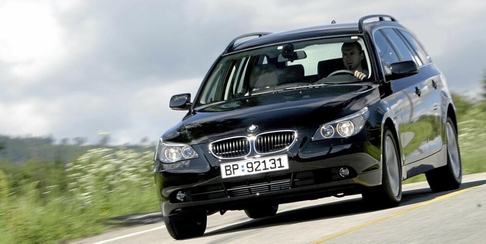 NESTEN STORESLEM: BMW kaprer både førsteplass i antall sidevisninger med 3-serie og tredjeplass med 5-serie. Her 5-serie av forrige generasjon. FOTO: Egil Nordlien, HM Foto