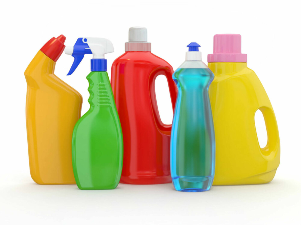 VASKEMIDLER: Uike vaskemidler gir forskjellig effekt. - I dag finnes det midler for nesten hva som helst, men det betyr ikke at klærne blir helt rene av den grunn, sier Klepp. Hun forteller at vanlig hjemmevask ikke kan drepe alle bakteriene vi omgir oss med. FOTO: Colourbox