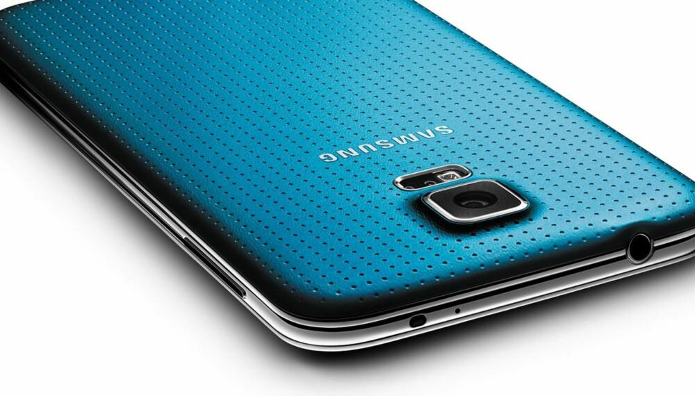 TOPPMOBIL: Galaxy S5 er årets toppmobil fra Samsung. Vi har testen mobilen som er den største utfordreren til Apples iPhone.