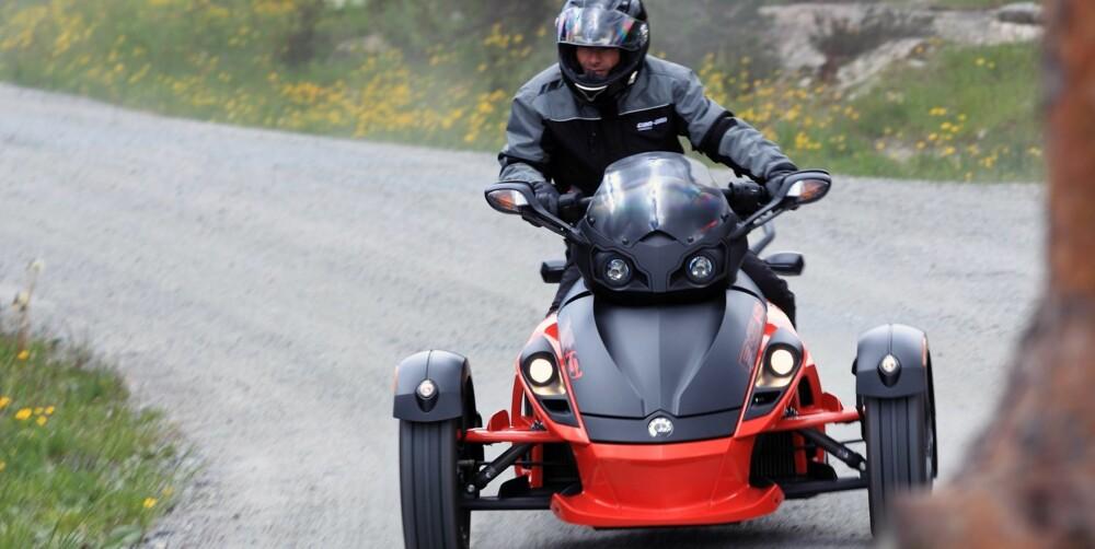 SPYDERMAN: Raphaël Poirée elsker fartsmaskiner. Favoritten er en Can Am Spyder Roadster RS-S. Foto: Egil Nordlien, HM Foto