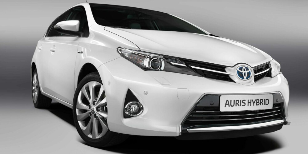 MOTOR: Den prisvinnende 1,8 liters fullhybride drivlinjen vil bli tilgjengelig ved siden av to dieselmotorer ¿ 1,4d og 2,0d og to bensinmotorer på 1,3 og 1,6. Foto: Toyota