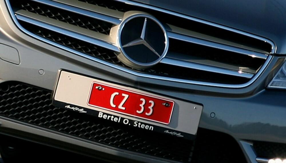 SNART SLUTT: Fra 1. august slipper du å bruke prøveskilter når du importerer bil. Du kan kjøre på utenlandske skilter i inntil 30 dager.