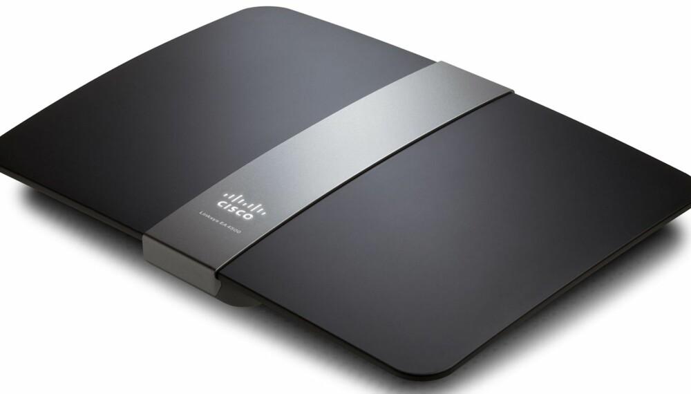 SMART: Linksys EA4500 er en brukervennlig trådløs ruter som er lett å håndtere.