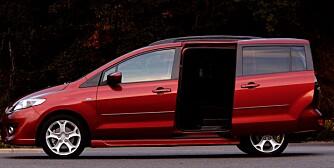 FORDEL: Skyvedørene til Mazda5 blir man raskt glad i. Foto: Mazda