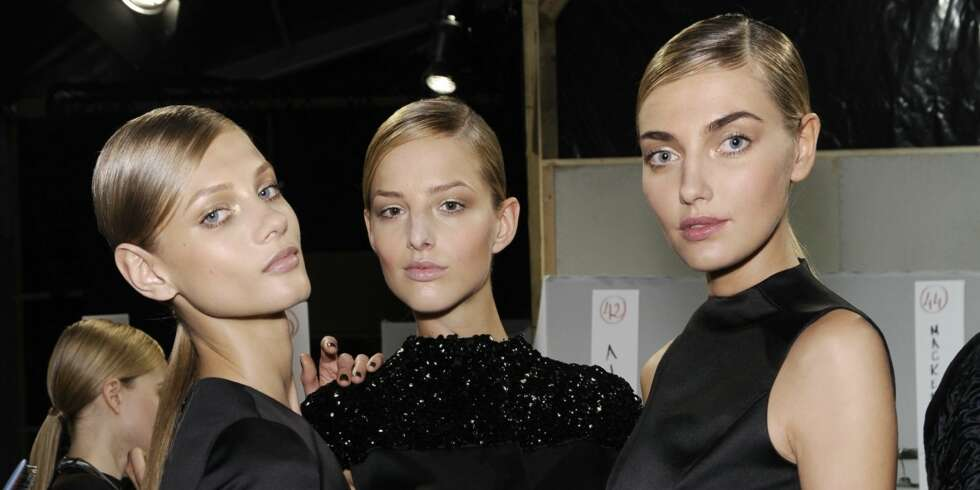Backstage hos Christian Dior
