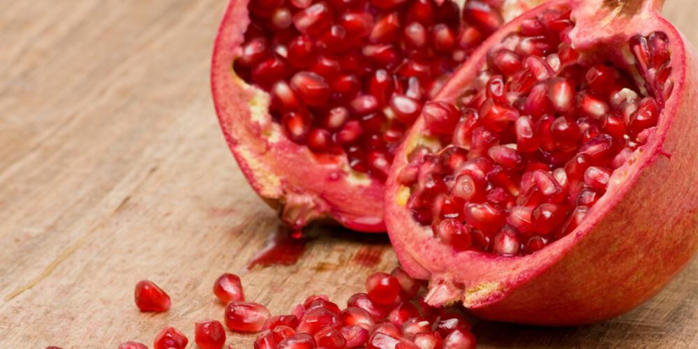 GODTEPOSE: Granatepler inneholder massevis av antioksidanter. Dette liker huden din.