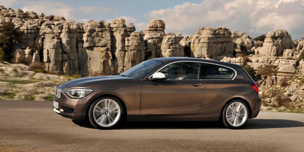 FIREHJULSDRIFT: For første gang lanserer BMW 1-serie med firehjulsdrift. Det vil i første omgang bli tilgjengelig på 120d og 135i.