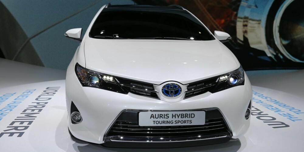 SINTERE: Nye Auris har fått en mer aggressiv look. FOTO: Toyota
