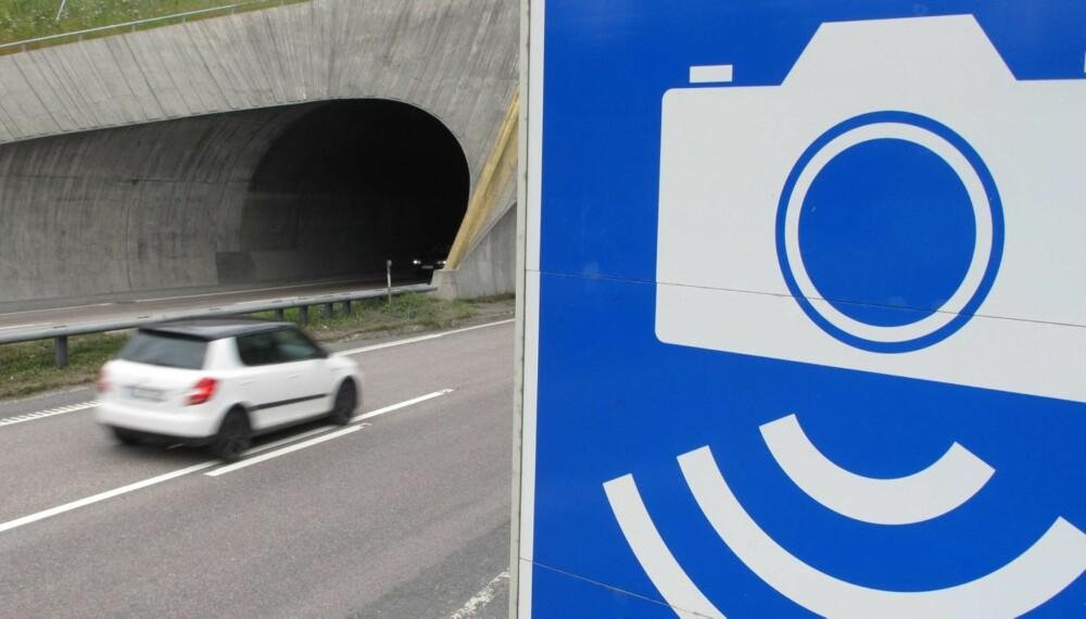 KNIPSER FÆRRE: GPS-er med fotoboksvarsler gjør sitt til at stadig færre tas av fotobokser. FOTO: Martin Jansen